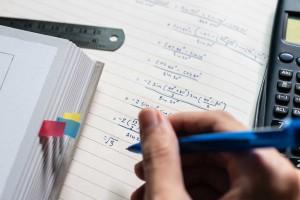 Materiały do nauki matematyki. Co pomoże przed egzaminem?